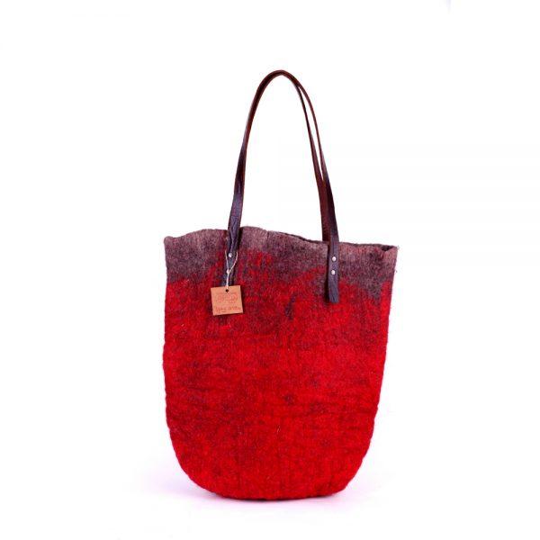 Червена плъстена хендмейд чанта