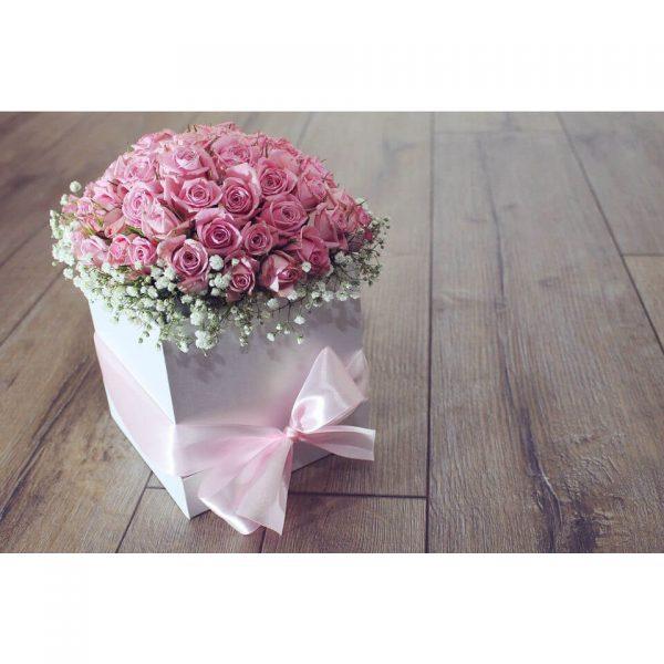 Кутия със 101 рози