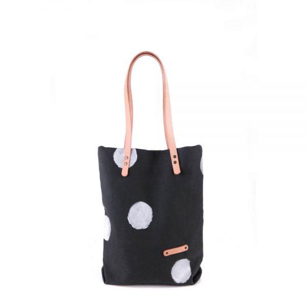 Черна ленена чанта на сребърни точки